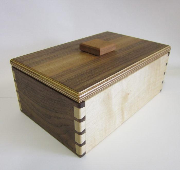 Dovetailed box jewellery keepsake box