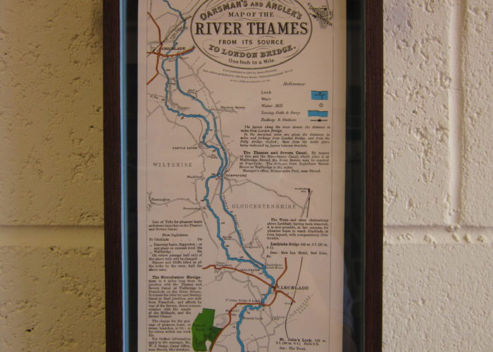 Thames map box scroll