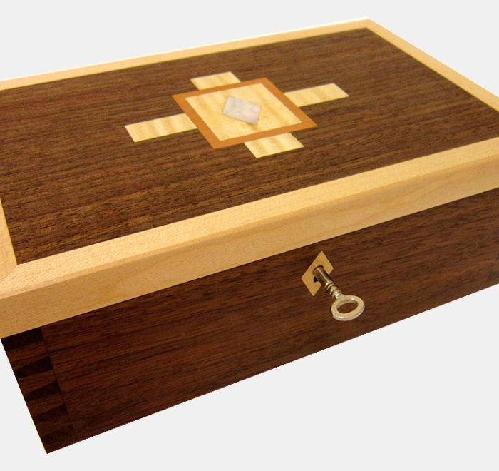 Dovetailed box jewellery keepsake box walnut maple