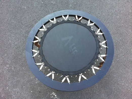 Coffee trampoline table