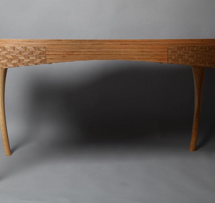 Deviation ash writing desk