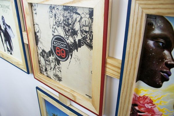 Vinyl frame for record lp frame kotchy