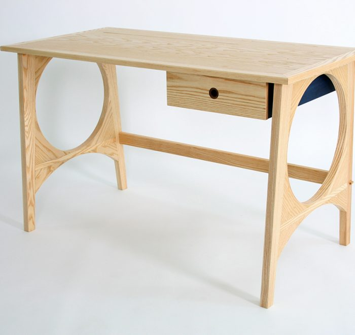 Full Moon Desk no drawers