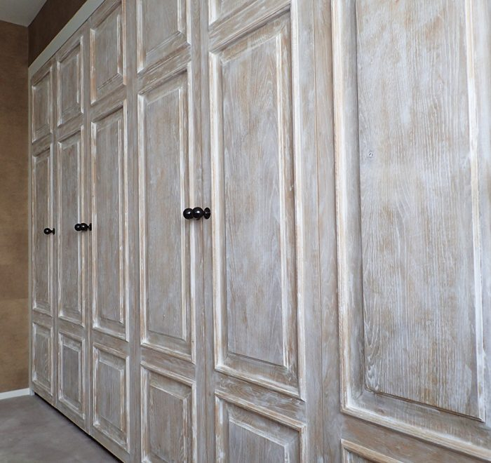 Distressed oak panelled wardrobe doors low
